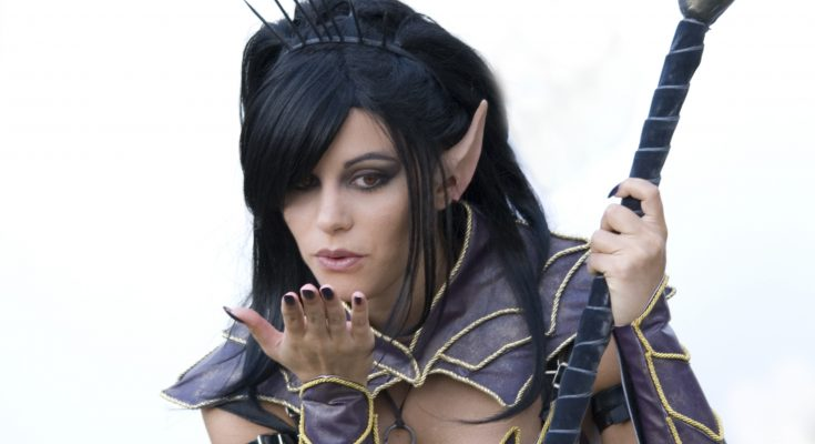 Dark Elf Sorceress Cosplay (from Warhammer online)